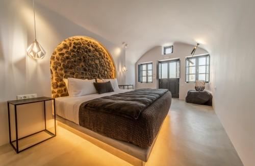 The interior of the luxury studio of Nostos Apartments in Oia Santorini